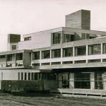 Ansicht der Frontseite der Jugendakademie kurz nach der Fertigstellung in den sechziger Jahren