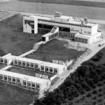 """Luftaufnahme Ende der sechziger Jahre – vor dem Bau des Erweiterungshauses """"Neubau"""""""