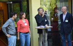 Dem Förderverein und stellvertretend den beiden Vorsitzenden Thomas Erdmann und Christiane Deis wird für seine 20jährige Unterstützung der Jugendakademie gedankt.