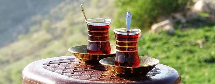 2 türkische Teetassen